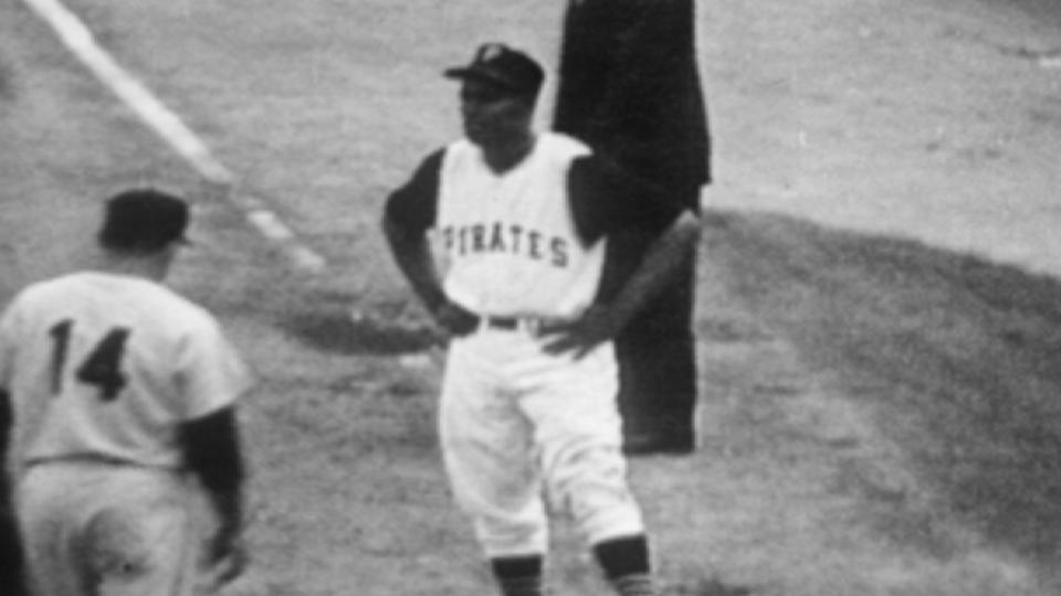 Clemente's RBI infield single