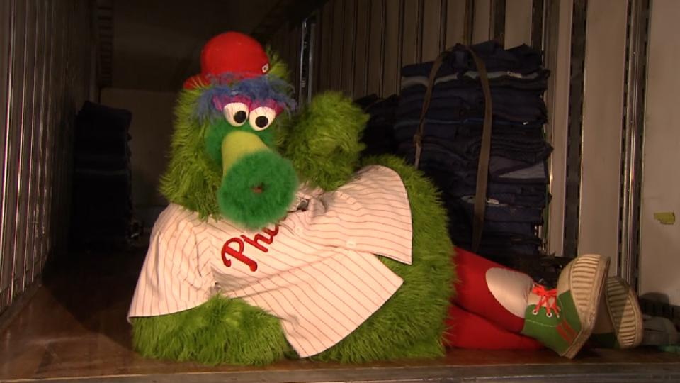 Phillies pack up for Truck Day