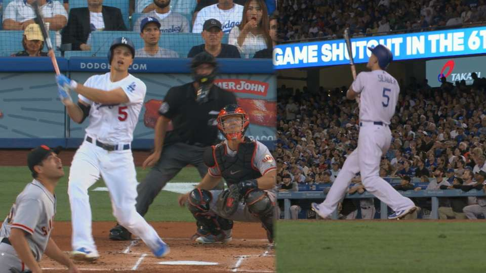 Seager's clutch two-homer night