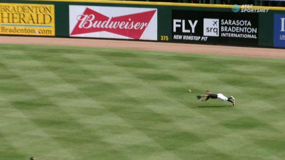 Rodriguez's great diving grab