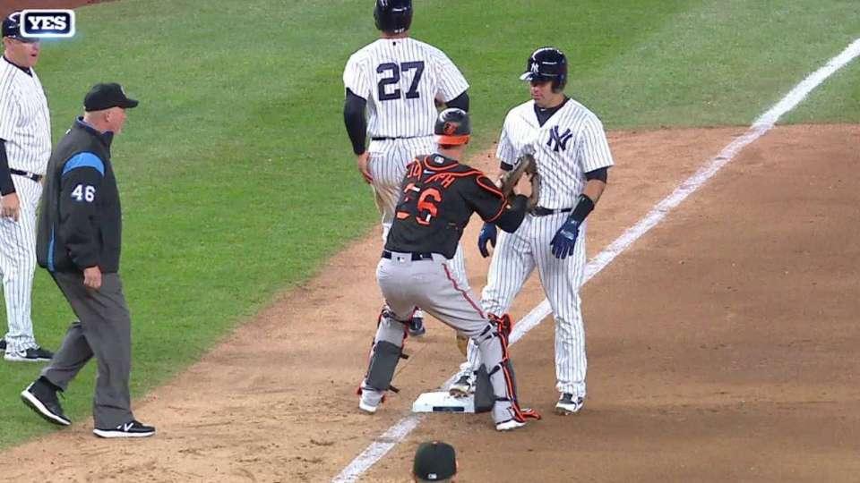 Stanton gets caught in rundown