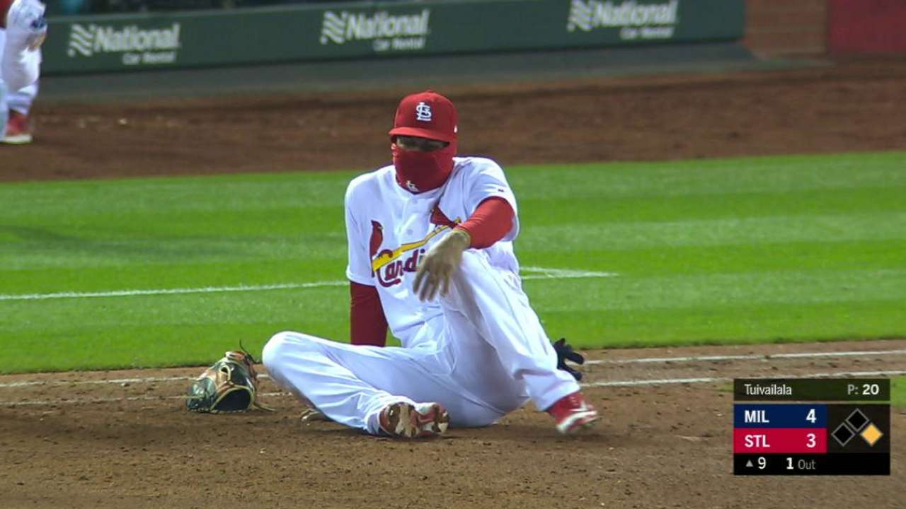 Greg holland struggles in season debut st louis cardinals martinez exits with injury malvernweather Gallery