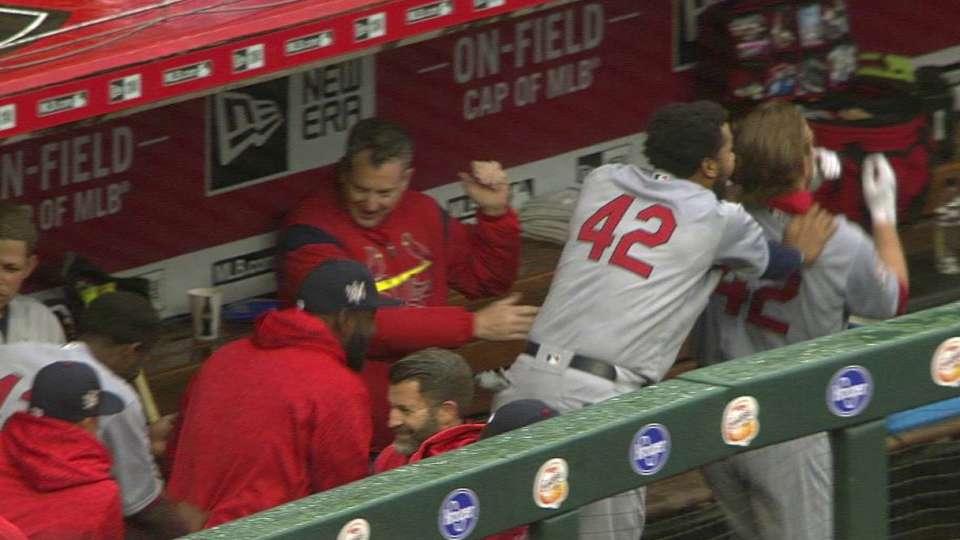 Cardinals' home run conga line