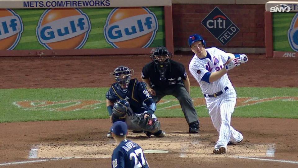 Frazier's first homer as a Met