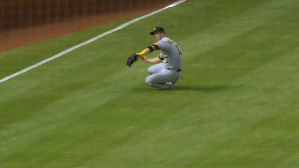 Dickerson's run-saving catch