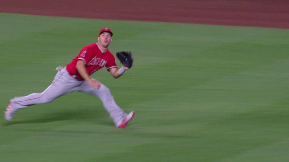 Trout's incredible diving catch