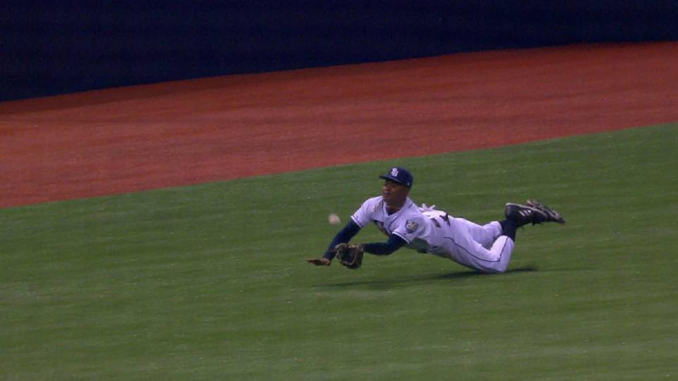 Smith's incredible diving catch