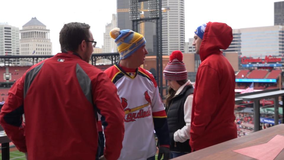 Hot or cold, Cards fans loyal