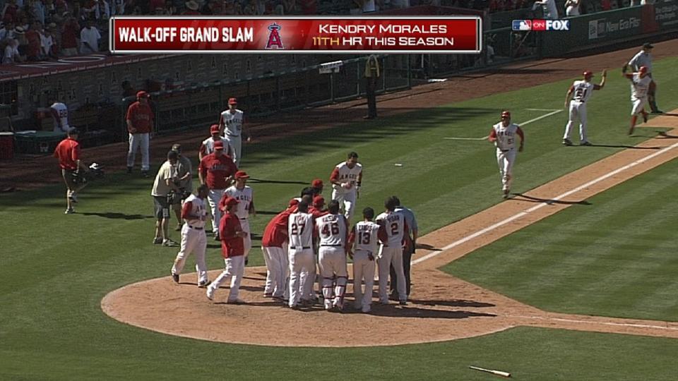 Morales' walk-off grand slam