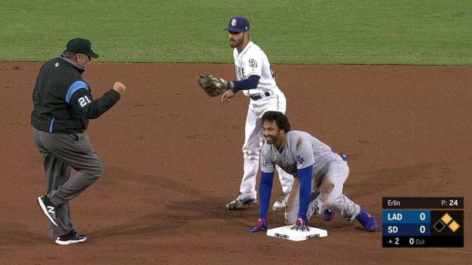 Cordero throws out Kemp