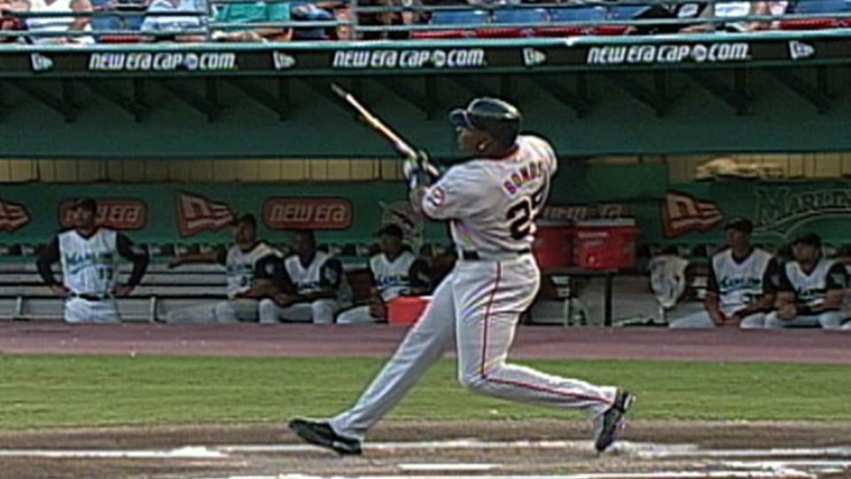Bonds' broken-bat home run