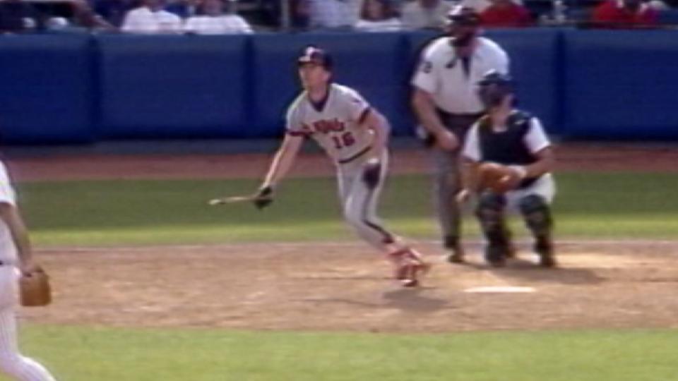 Howell's broken-bat home run