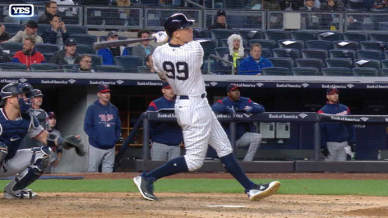 Judge's solo home run to right
