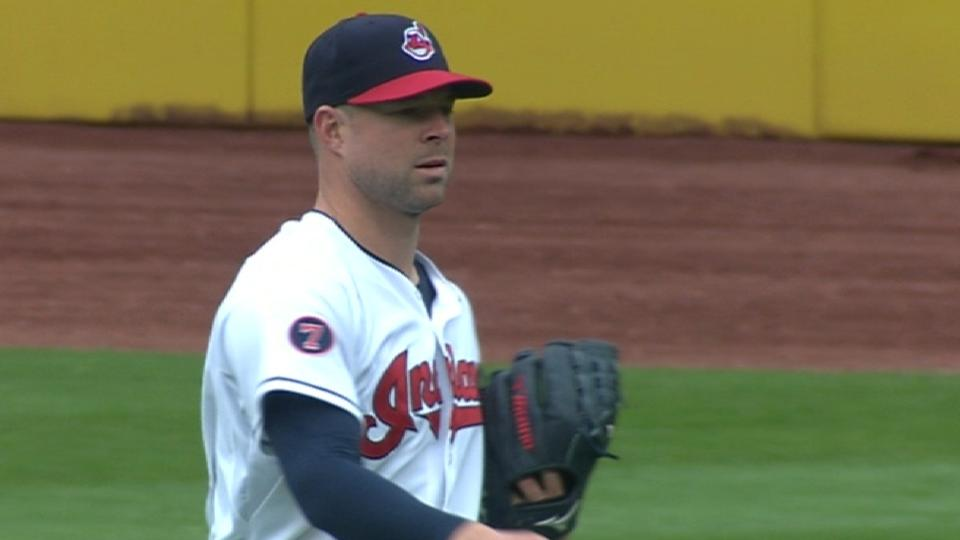 Kluber strikes out 18