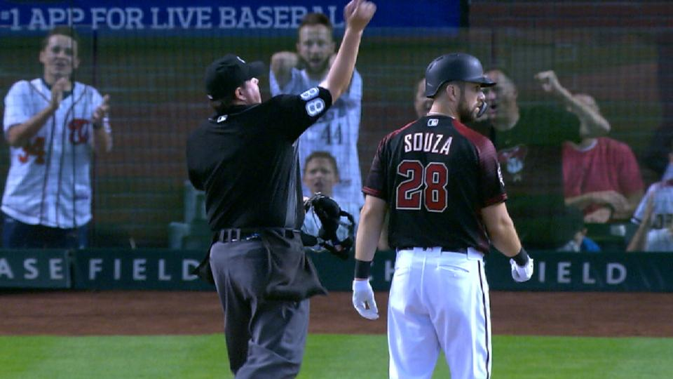 Souza Jr. gets ejected in 8th