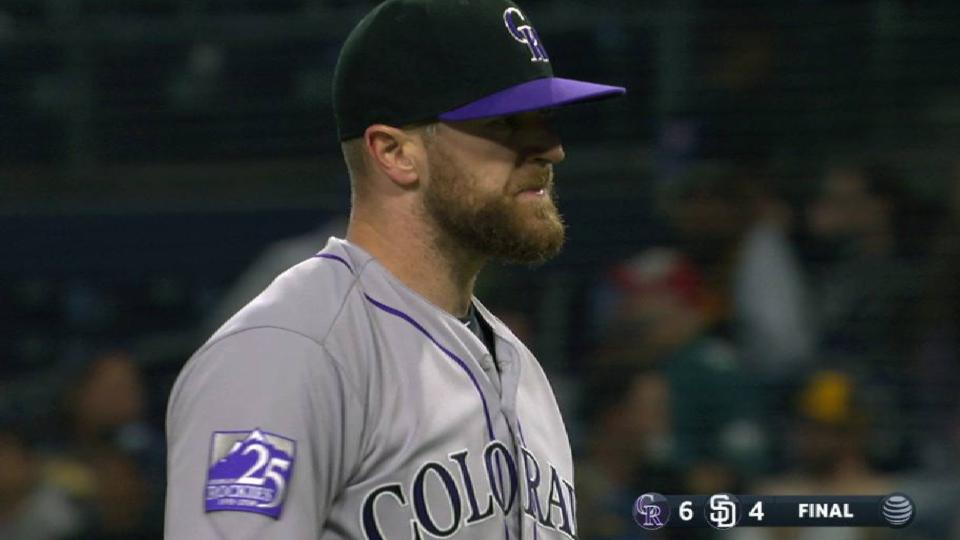 Davis induces groundout for save