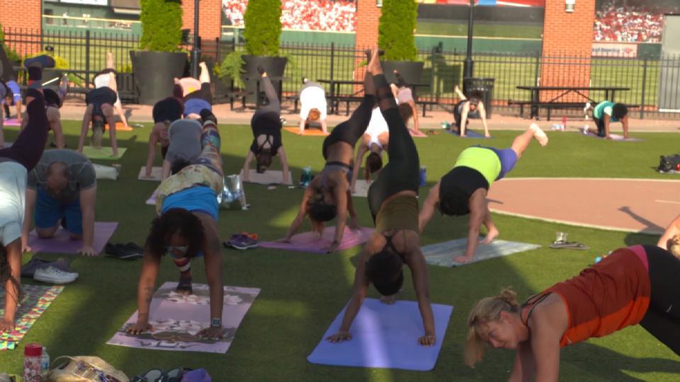 Club Fitness Yoga Series