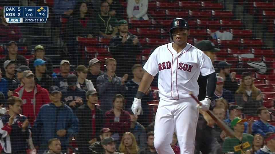 Betts' RBI groundout in the 9th