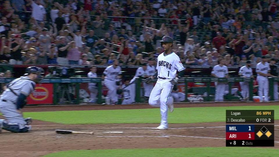 Descalso's go-ahead hit in 8th