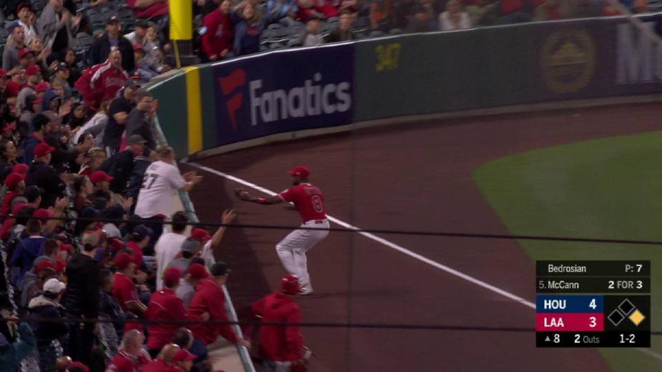 Upton's running catch in left