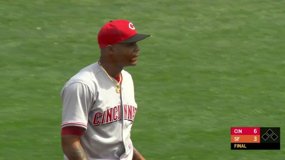 Iglesias collects his 8th save