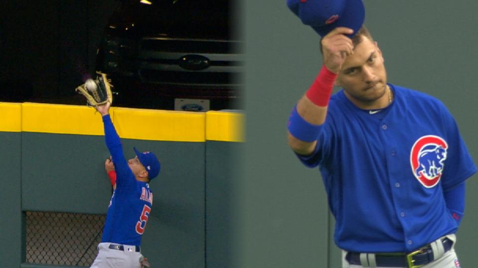 Must C: Almora climbs the wall