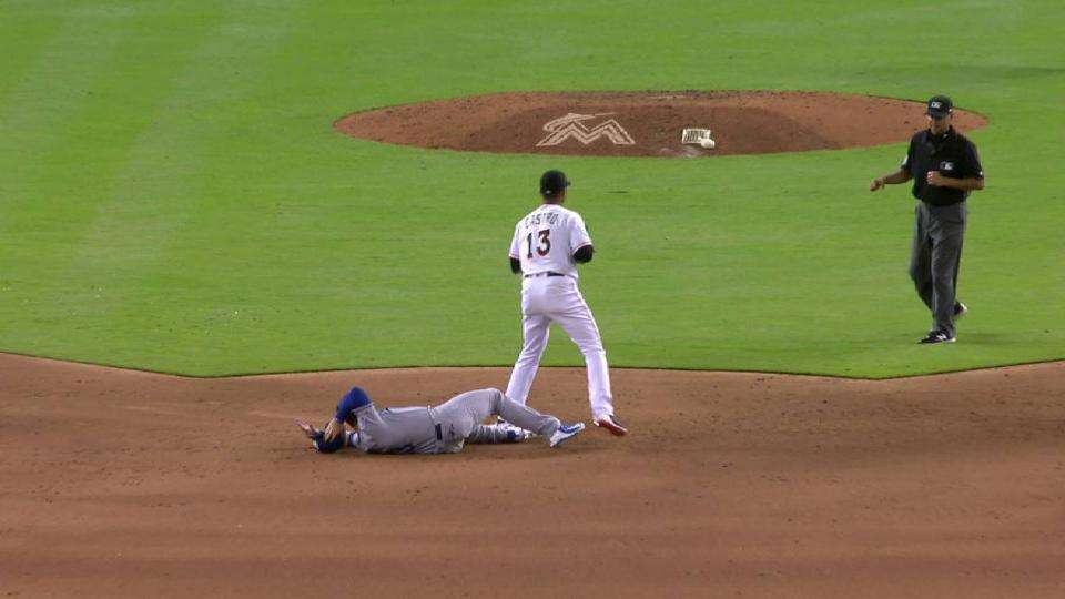 Barraclough escapes jam in 8th