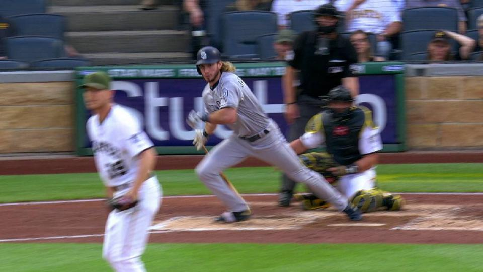 Jankowski's RBI infield single