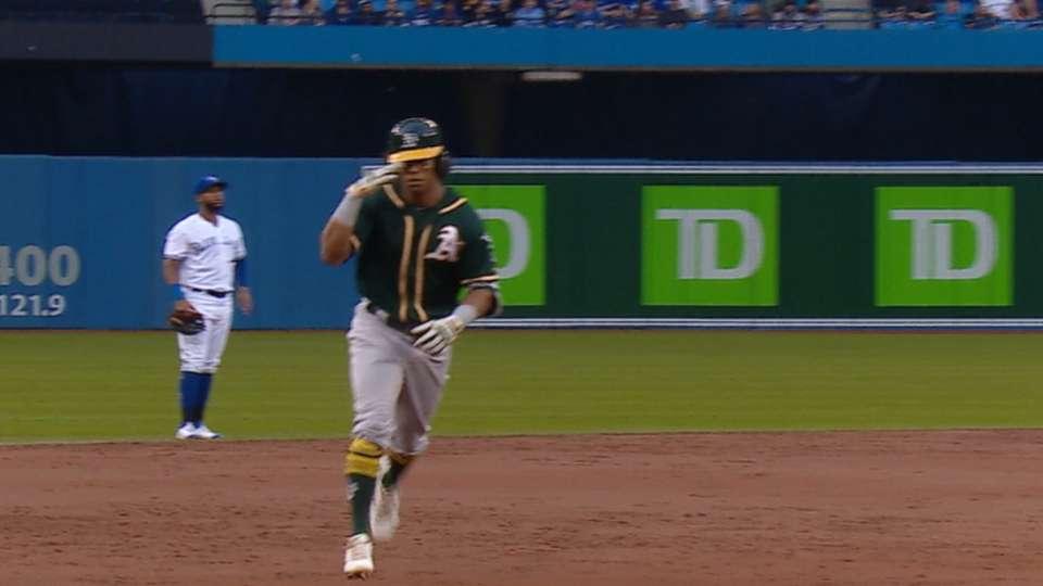 Davis' 13th home run