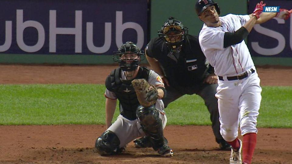Bogaerts' towering 3-run homer