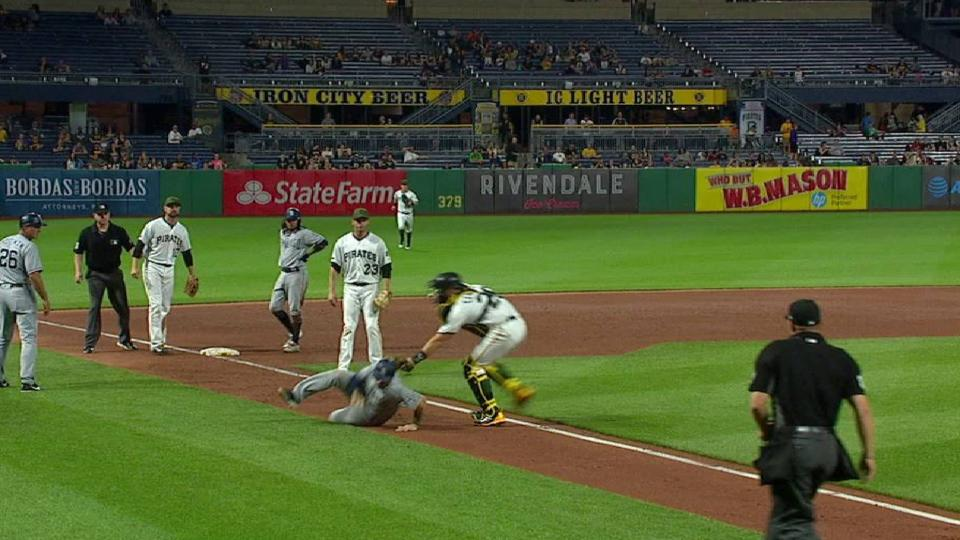Freese nabs Lopez at home