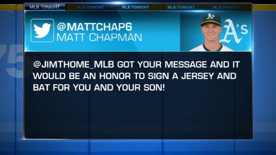 Chapman signs jersey for Thome