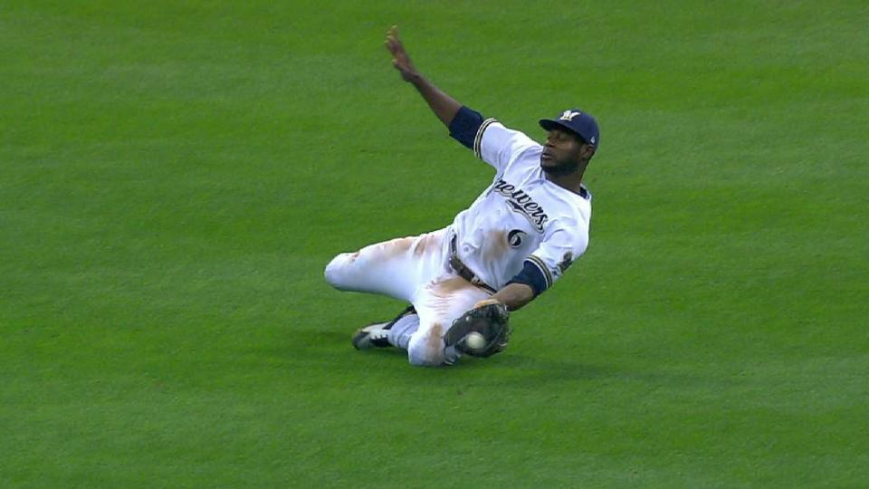 Cain makes catch, turns 2