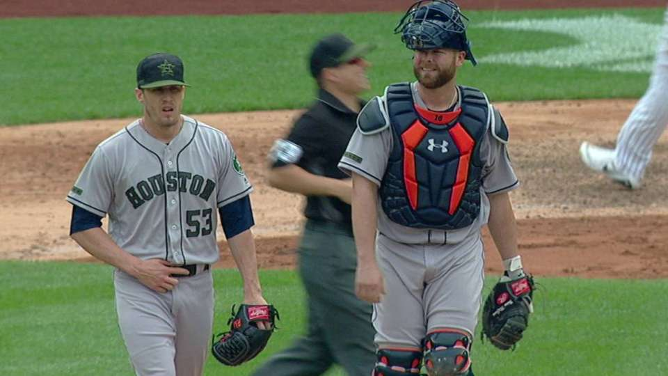 Giles secures the Astros win