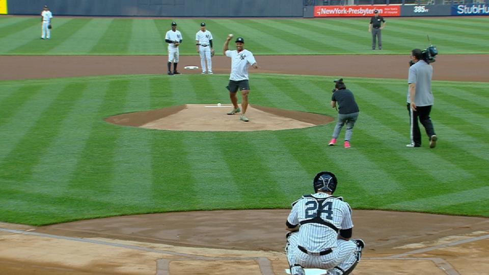 Barkley throws out first pitch