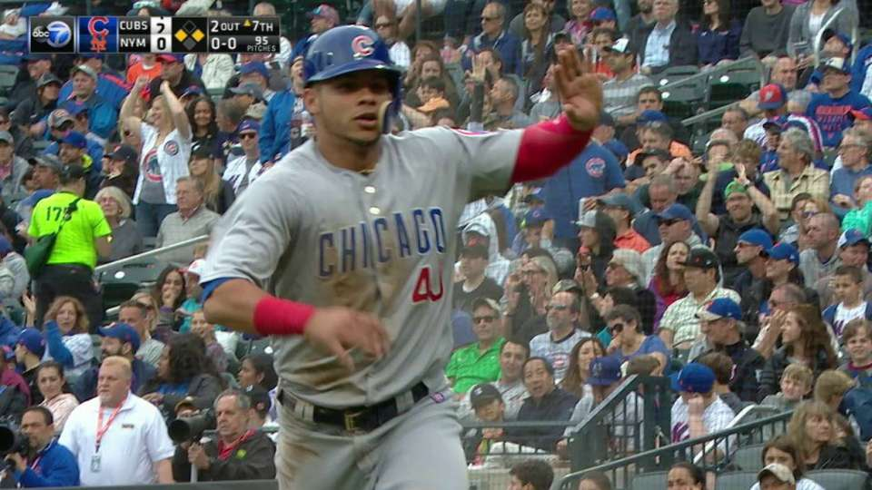 Contreras shows off his speed