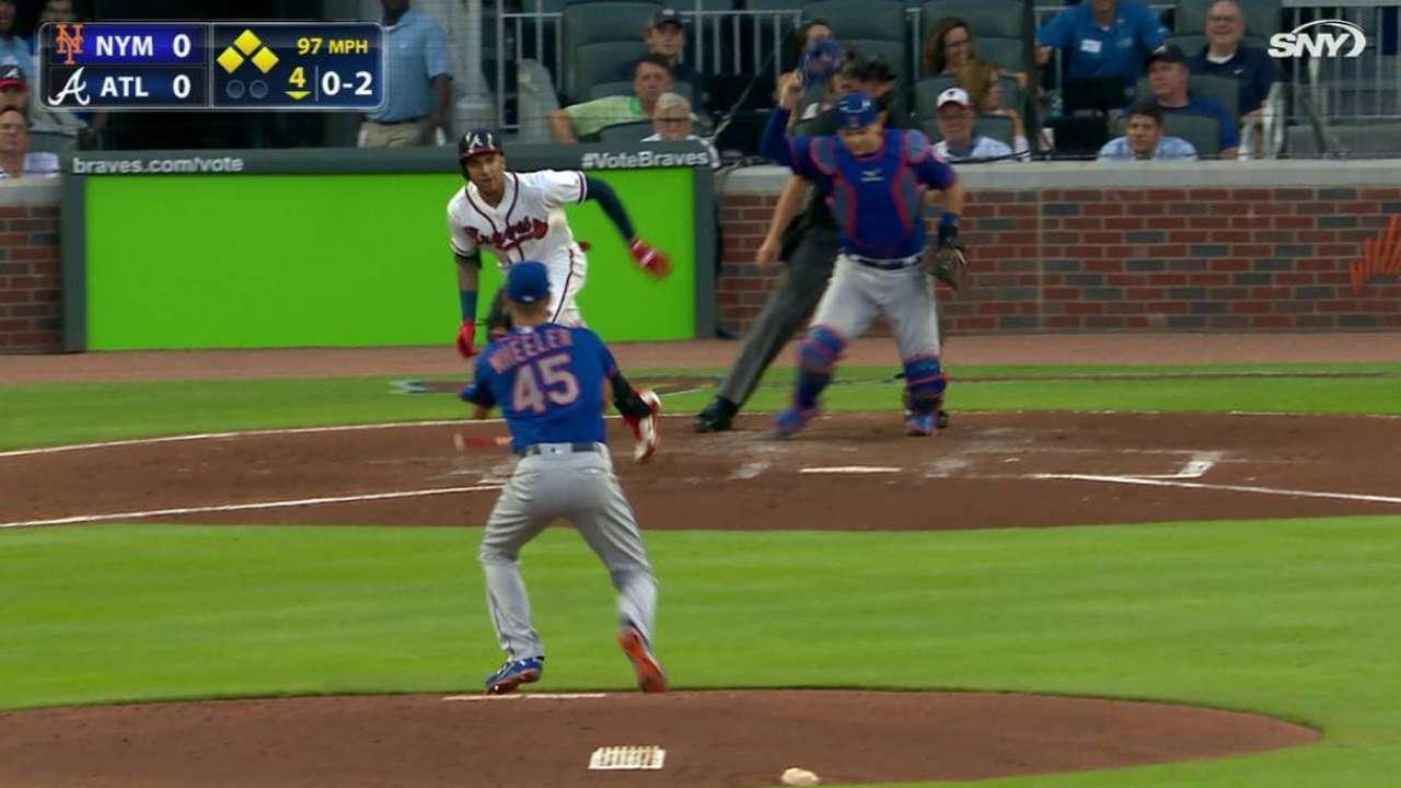 El pitcheo se desmoronó en la sexta y los Mets cayeron en Atlanta ...