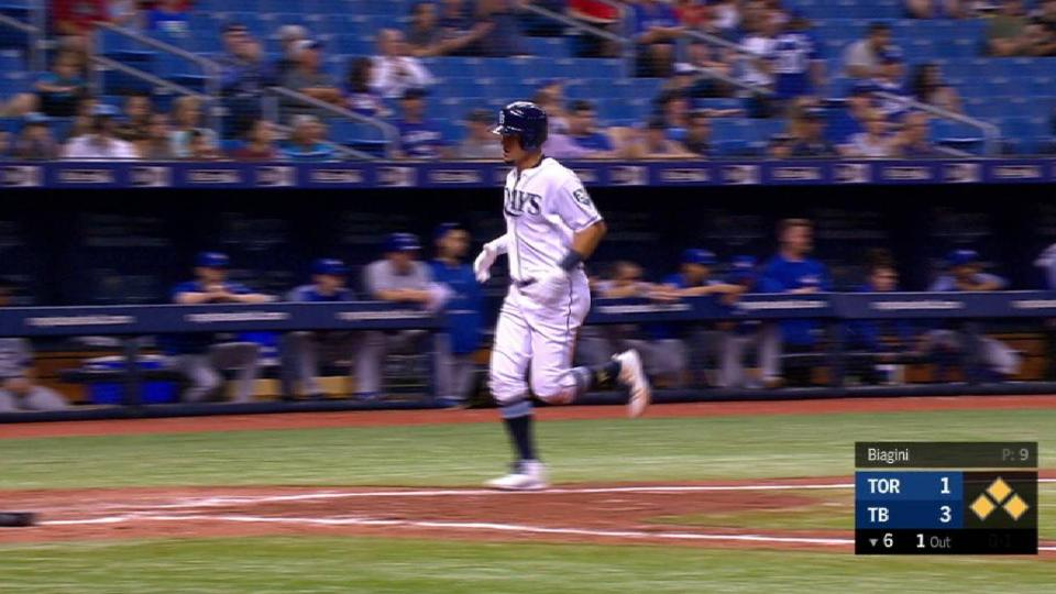 Smith's RBI single up the middle