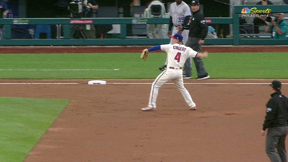 Kingery's nifty backhanded stop