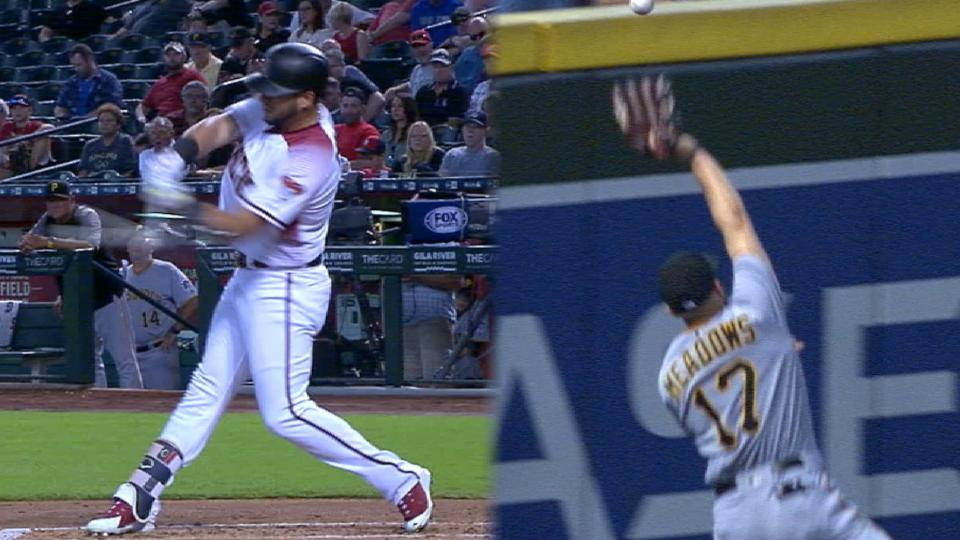 Must C: Peralta homers off glove