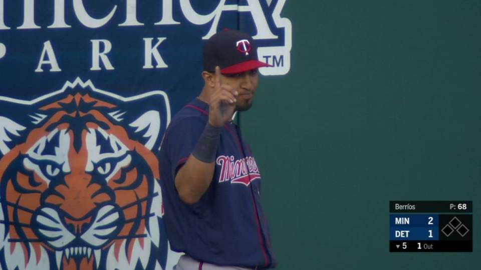Rosario's quick running catch