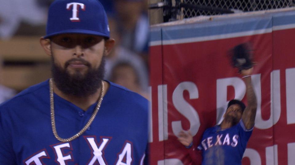 Rangers escape 9th-inning jam