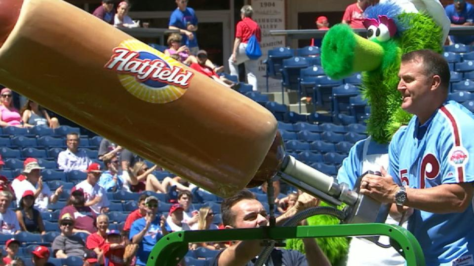 Thome uses hot dog cannon