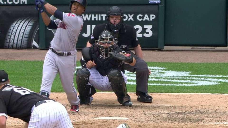 Ramirez's go-ahead 2-run homer