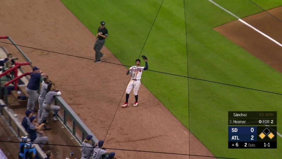 Sanchez escapes a jam