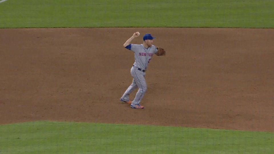Mets turn around-the-horn DP