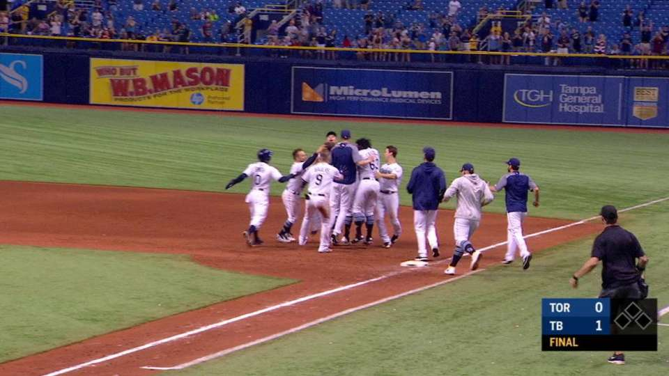 Duffy's walk-off knock in 9th