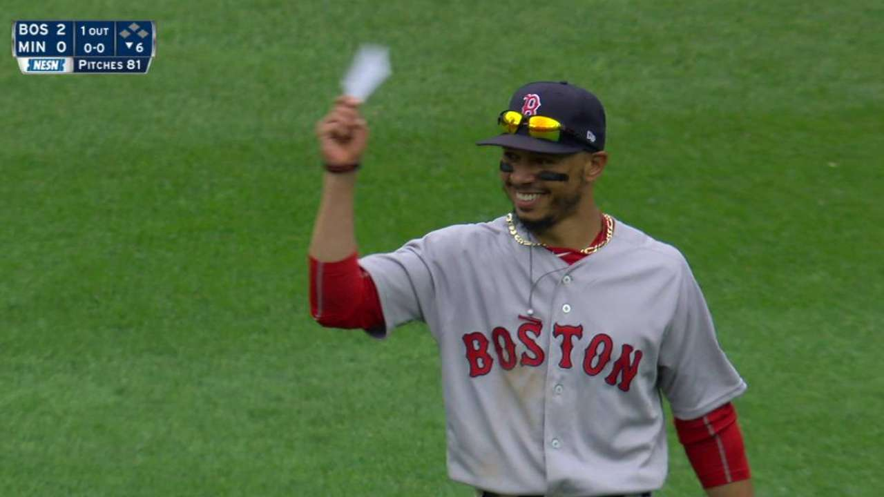 Mookie Betts Shows He Does His Homework After Catching Fly