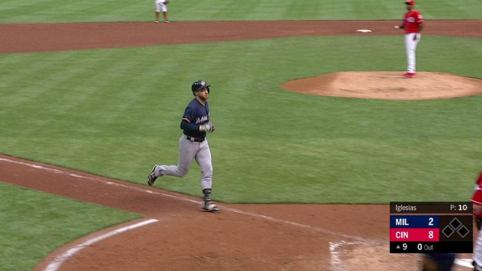 Braun's two-run long ball