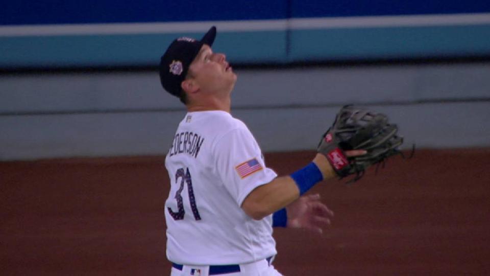 Pederson's running grab